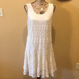 Sleeveless lace dress - see offer in description